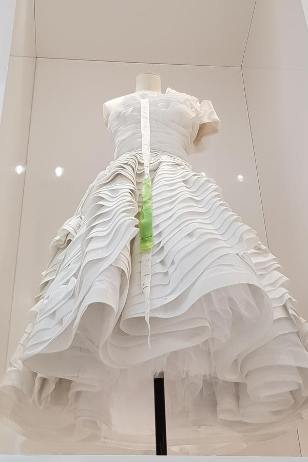 Dior - A perfect toile..........