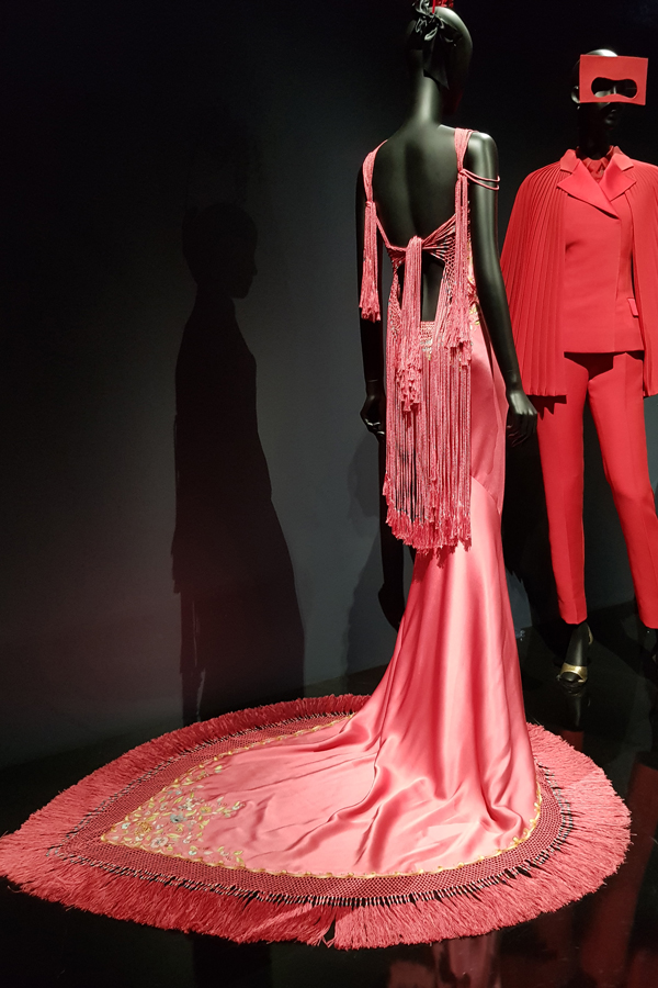 Dior - Inspired... Galliano. In London, I noticed the beautiful straps.